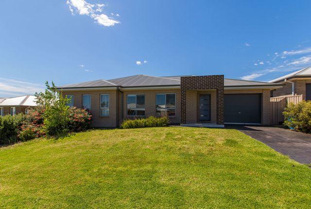 1/7 Burrundulla Road, Bourkelands NSW 2650