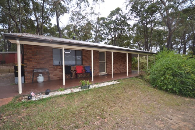 4 Ashley Place, Hill Top NSW 2575