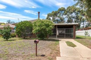 68 Huthwaite Street Mount Austin NSW 2650