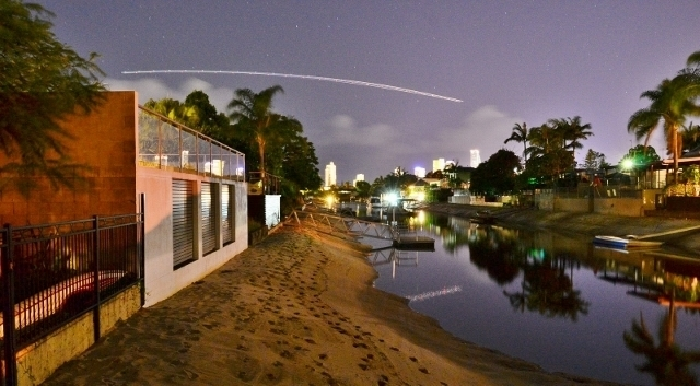 2 Monte Vista Court, Broadbeach Waters QLD 4218