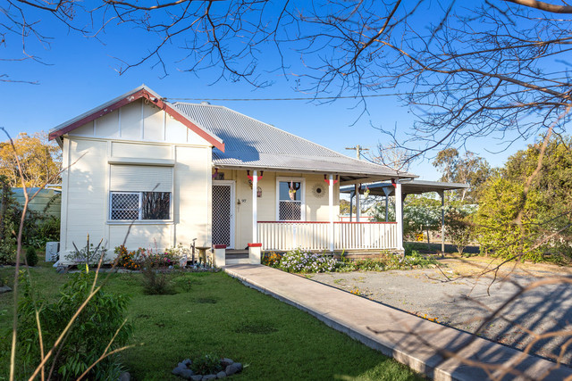 97 Commerce Street, Taree NSW 2430