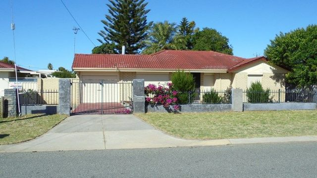 13 Breaden Drive, Cooloongup WA 6168
