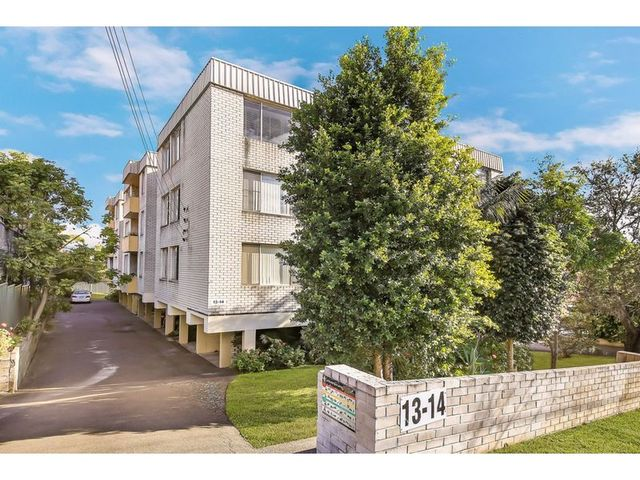 18/13-14 Bank Street, Meadowbank NSW 2114