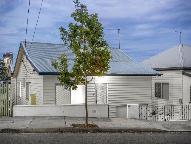 18 Gertrude Street, Highgate Hill QLD 4101