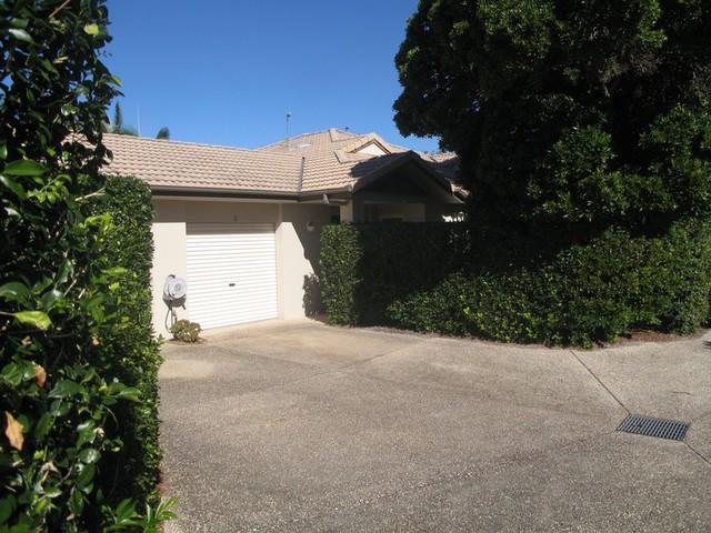 2/2 Sarena Court, Sunshine Beach QLD 4567