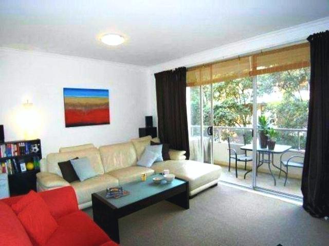 10/4 Francis Street, Bondi Beach NSW 2026