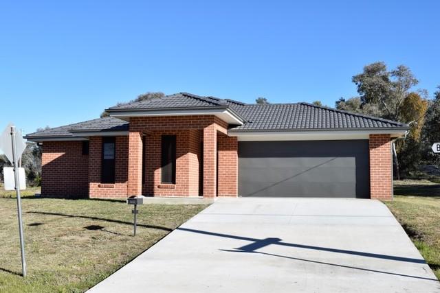 15 Bradley Street, Grenfell NSW 2810