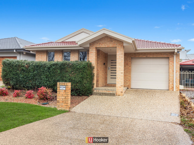 26 Pinnacles Street, Harrison ACT 2914