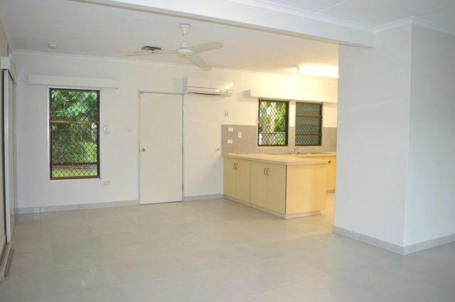 4 Sanderling Street, NT 0812