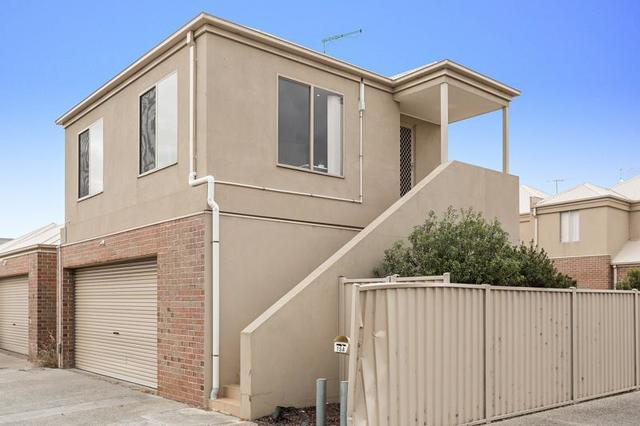 15A Sunny Lane, Point Cook VIC 3030