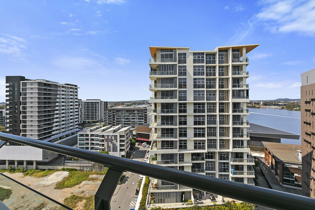 51302/37B Harbour Road, QLD 4007