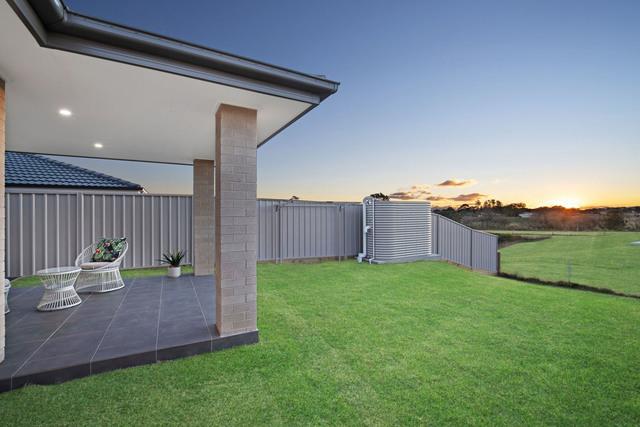 24 Lagoon Avenue, Bolwarra NSW 2320