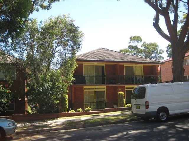 2/61 Noble Street, NSW 2218