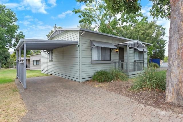 26 Brush Box Street Lake Hume Village, Albury NSW 2640