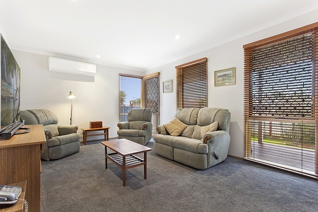 11 Nimrod Rise, Chelsea Heights VIC 3196