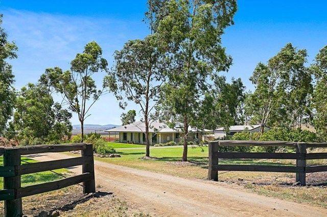 235 Oakey Crosshill Road, Oakey QLD 4401