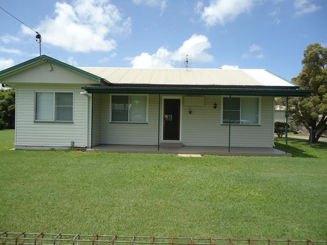 44 Ruge Street, Proserpine QLD 4800