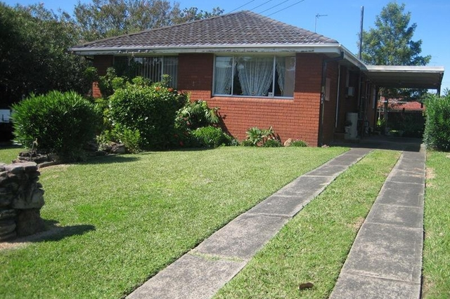 2/163 Princes Highway, Dapto NSW 2530