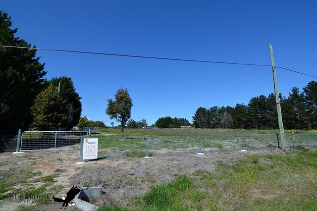 4/null Church Road, The Summit QLD 4377
