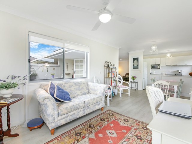 2/3 Russell Court, Miami QLD 4220
