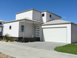 House 2/157 Bay Road