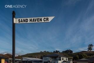 8 Sandhaven Crescent