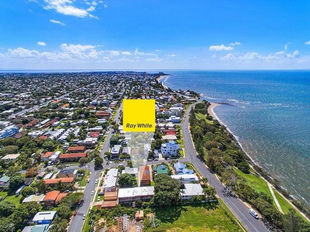5/10 Kate Street, Woody Point QLD 4019