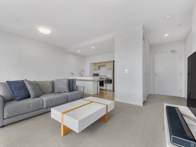 51409/35 Harbour Road, QLD 4007