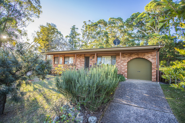 15 Pengana Crescent, Mollymook NSW 2539