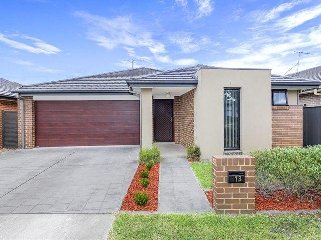 13 Corrigan Street, NSW 2760