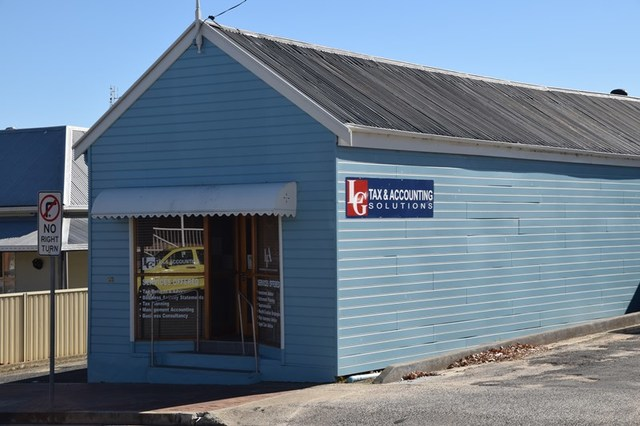 98 High Street, Tenterfield NSW 2372