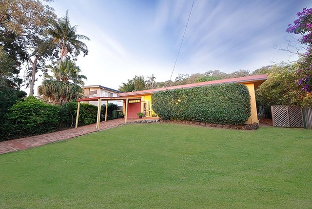 108 West Burleigh Road, Burleigh Heads QLD 4220