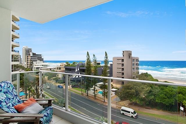 21/3508 Main Beach  Parade, Main Beach QLD 4217
