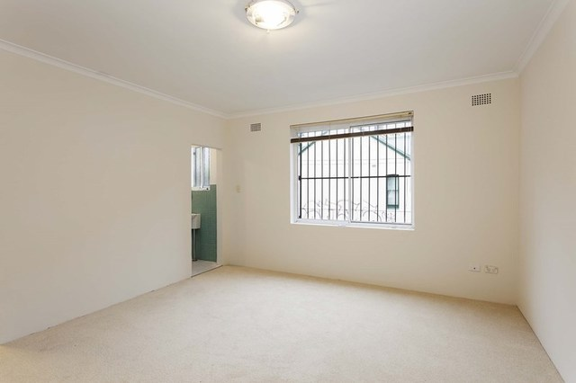 2/306 Edgeware Road, Newtown NSW 2042