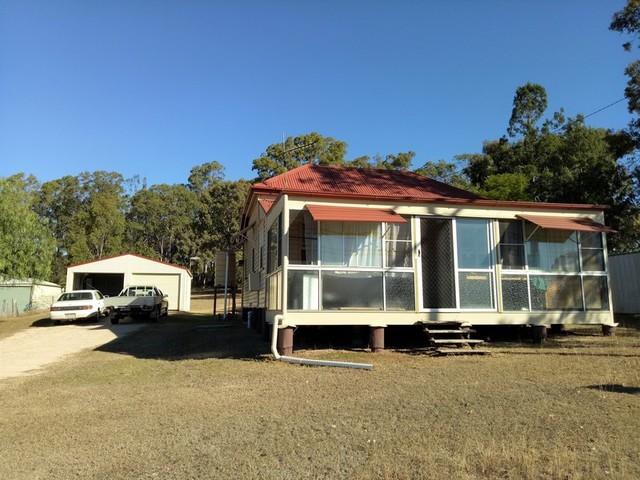10 Edward St, Goombungee QLD 4354