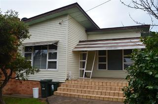 12 Clarence Street