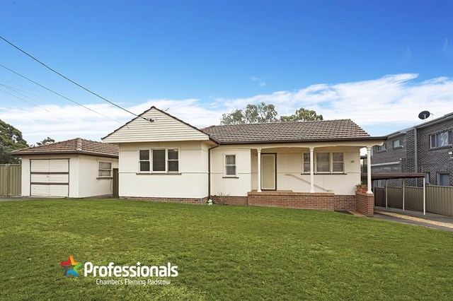 20 Hall Crescent, Padstow NSW 2211
