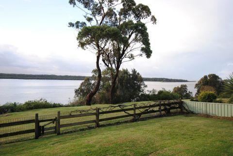 2/73 Orama Crescent, NSW 2540