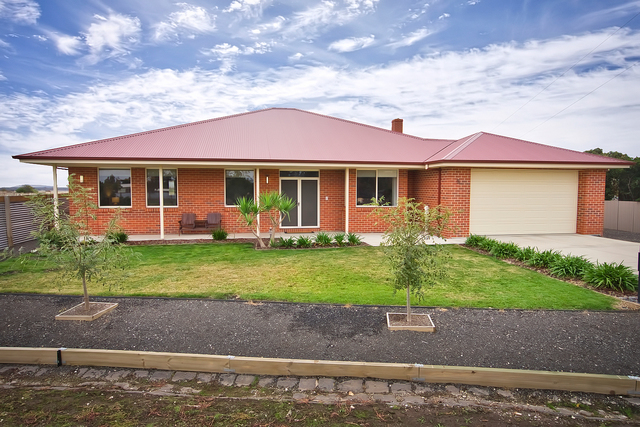 5 Flood Street, Clunes VIC 3370