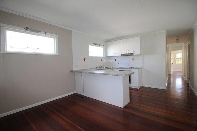 37 Garnet Street, Scarborough QLD 4020
