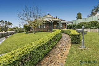 5 Glendalough Close
