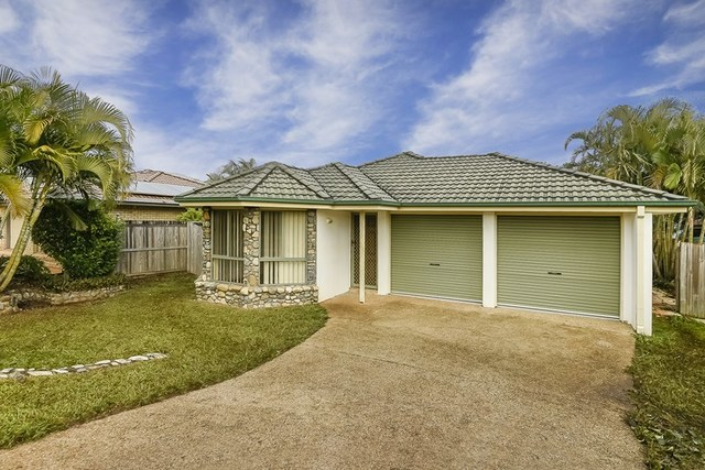 17 Spinnaker Circuit, Redland Bay QLD 4165