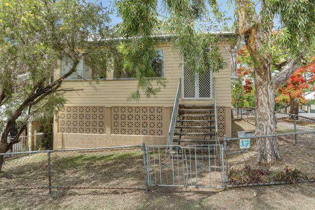 17 Heath Street, East Brisbane QLD 4169