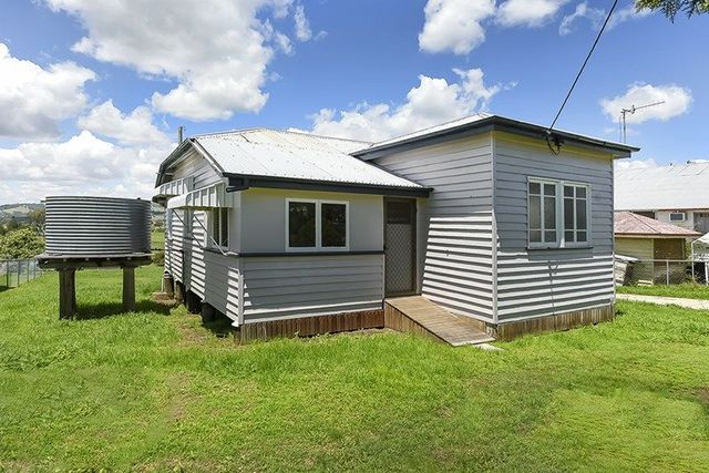 12 Campbell Street, Boonah QLD 4310