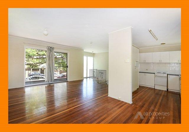 8 Kraatz Avenue, Loganlea QLD 4131