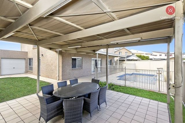 18 Dee Close, Prestons NSW 2170