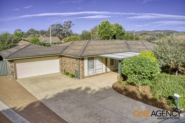 8 Muirhead Place, Gowrie ACT 2904