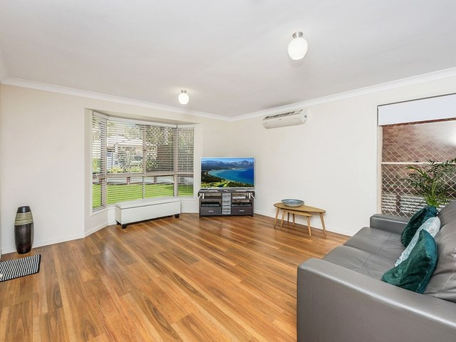 60 Beaufront Pl, Forest Lake QLD 4078