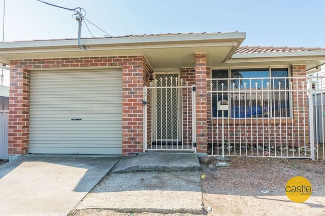 16A Havelock St, Mayfield NSW 2304