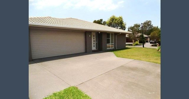 1 Paperbark Place, QLD 4154